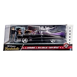 DC Comics Bombshells: CATWOMAN & 1959 Cadillac Coupe Deville 1/24 Scale