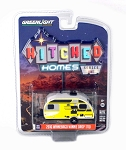 Greenlight Hitched Homes Series: 2016 Winnebago Winnie Drop 1/64 Scale