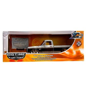 Jada 20th Anniv: Bigtime Kustoms 1972 Chevy Cheyenne 1/24 Scale